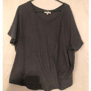 Grey Cotton Umgee Scrunched Top!